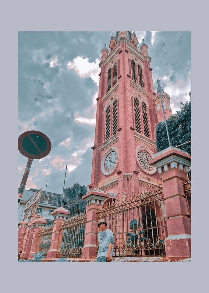 Giới trẻ khoe ảnh check-in nhà thờ màu hồng có 1-0-2 ở Sài Gòn-3