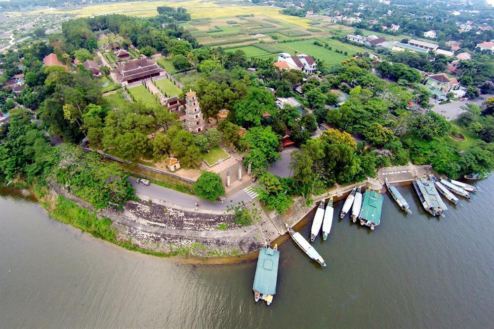 Sống ảo ở 3 ngôi chùa xứ Huế có kiến trúc đẹp-3