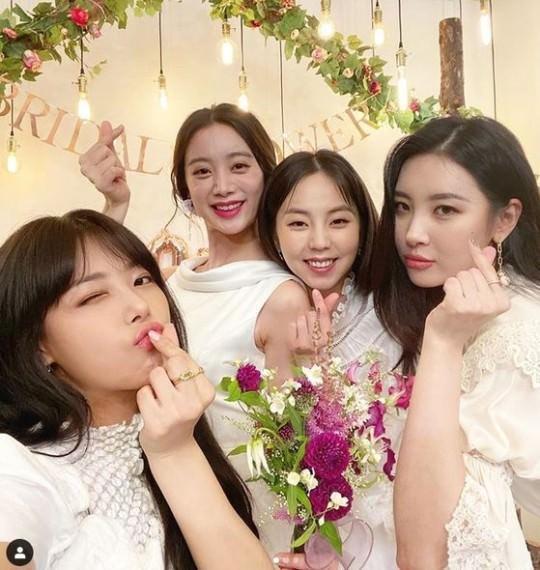 Những nhóm nhạc nữ Kpop giải tán rồi vẫn tình thương mến thương-10