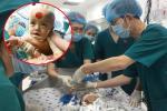 Những khoảnh khắc cân não và xúc động nhất ca đại phẫu tách cặp song sinh Trúc Nhi - Diệu Nhi-20