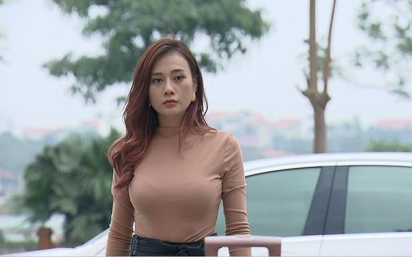 Phương Oanh, Lã Thanh Huyền đua nhau trưng diện hàng hiệu trên phim-4