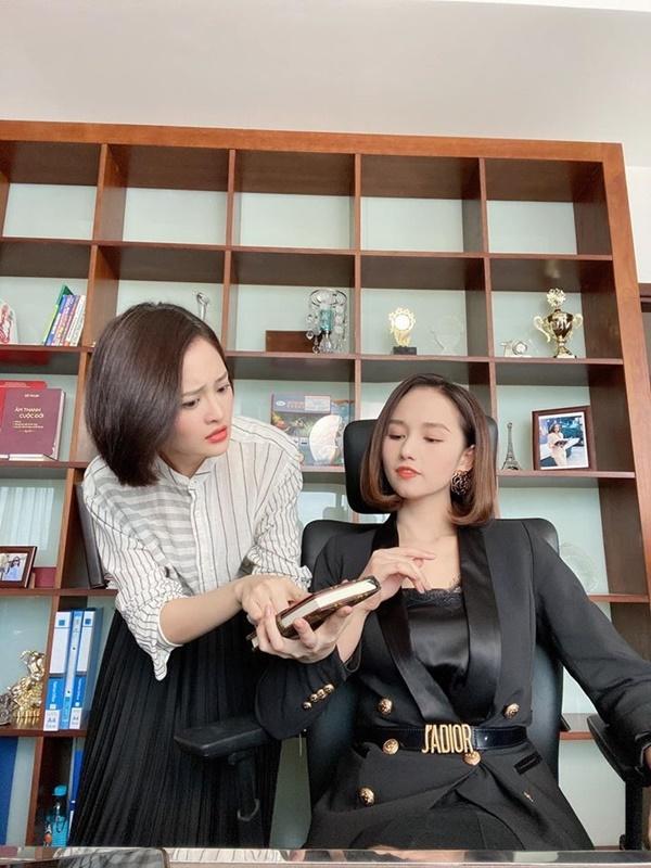 Phương Oanh, Lã Thanh Huyền đua nhau trưng diện hàng hiệu trên phim-11