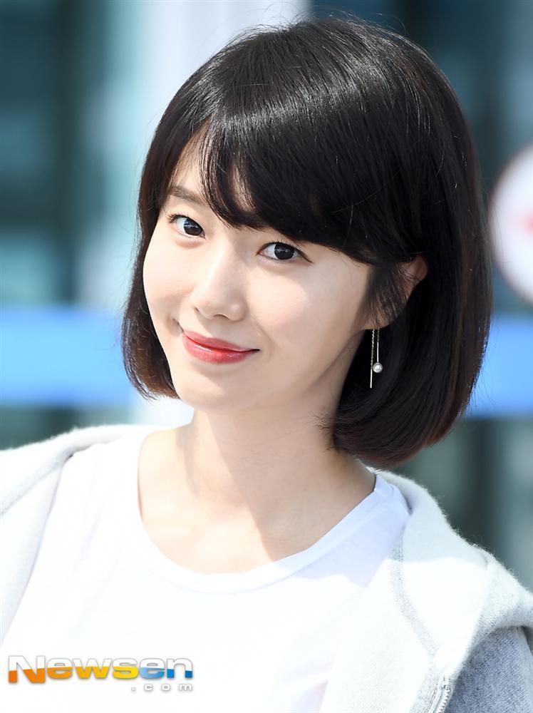 Hội bạn thân của chị đẹp Son Ye Jin quy tụ toàn gương mặt quyền lực-14