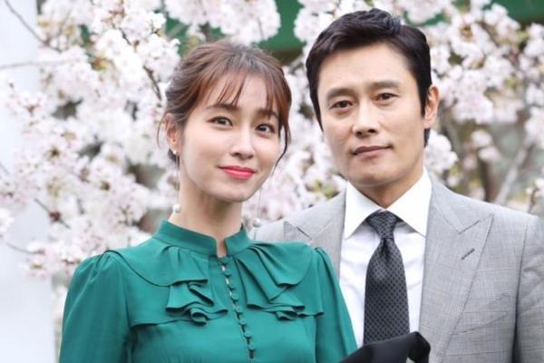 Hội bạn thân của chị đẹp Son Ye Jin quy tụ toàn gương mặt quyền lực-12
