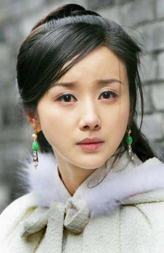 Đệ nhất mỹ nữ cổ điển xứ Trung tự biến mình thành thảm họa mặt rắn-2