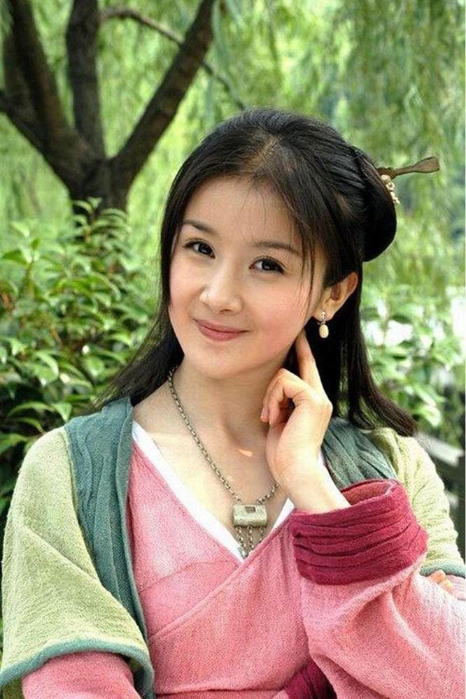 Đệ nhất mỹ nữ cổ điển xứ Trung tự biến mình thành thảm họa mặt rắn-5