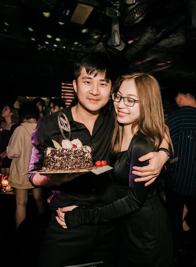 Chia tay được vài tháng, bạn trai thiếu gia của Nhật Lê thông báo sắp lấy vợ-1