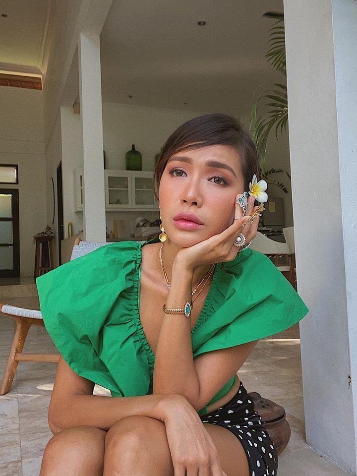 Minh Tú được ủng hộ đại diện Indonesia thi Hoa hậu Hoàn vũ-2