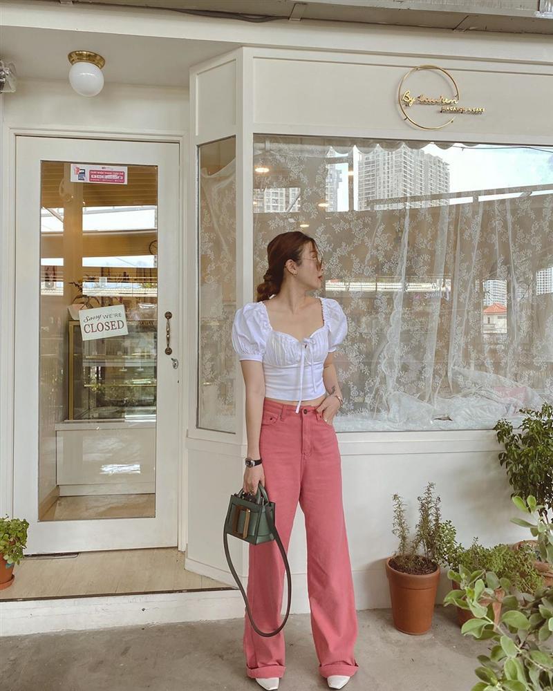 Các mỹ nhân Việt diện quần ống rộng với 4 kiểu áo sau để nâng tầm vẻ sang xịn cho cả tổng thể-2
