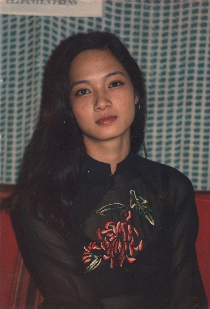 NSND Lê Khanh gây shock khi cắt phăng mái tóc dài gìn giữ 20 năm-1