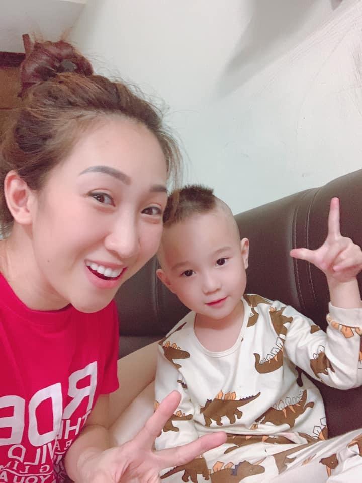 Sao Việt cắt tóc cho con: Thu Minh thất bại, Kỳ Hân xứng danh cây kéo vàng-11