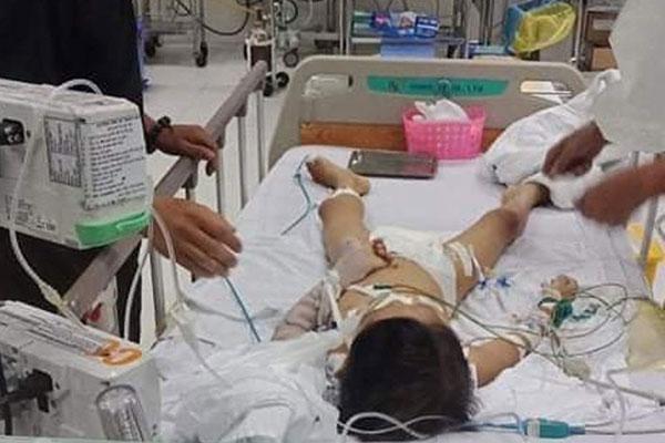 Bệnh viện chuyển tuyến chậm khiến bé 7 tuổi ở Bình Phước tử vong?-2