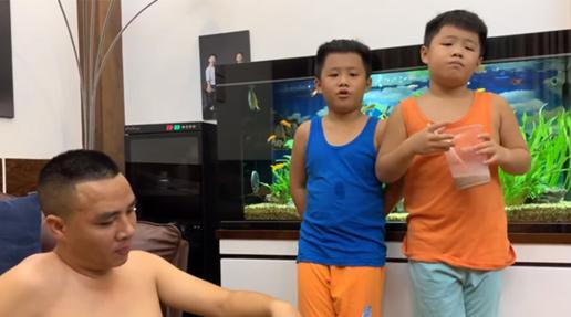 Sau 5 năm tái hôn, tiết lộ xưng hô lạ đời Mạnh Hùng dành cho 2 con riêng MC Hoàng Linh-3
