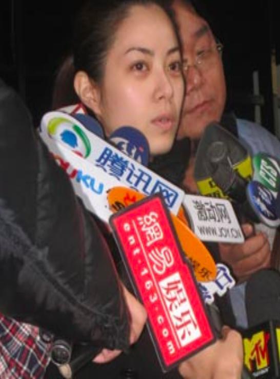 Ngọc nữ cả gan từ chối Châu Tinh Trì: Sự nghiệp tuột dốc, 41 tuổi vẫn lẻ bóng một mình-4