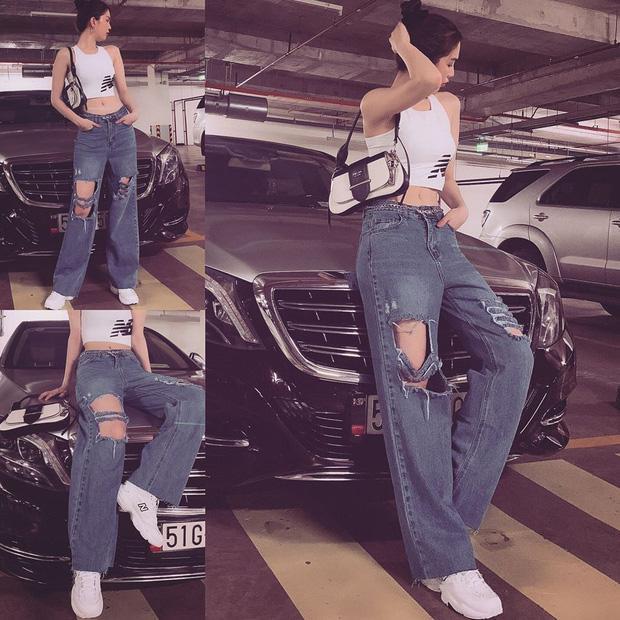 Chán hở trước, Ngọc Trinh lại diện mốt quần jeans hở toang hoác phía sau-10
