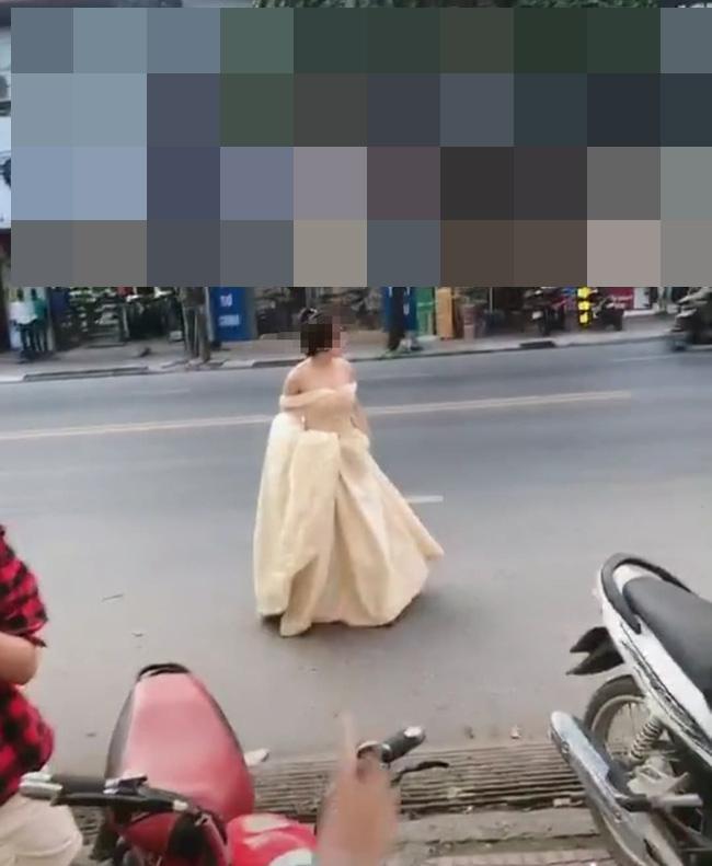 Cô gái chạy bộ cả cây số đến đám cưới người yêu cũ chỉ vì muốn nhìn anh cười hạnh phúc-2