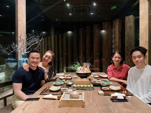 Bạn gái Chi Bảo phân trần tấm ảnh dìm hàng vợ cũ nam diễn viên-1