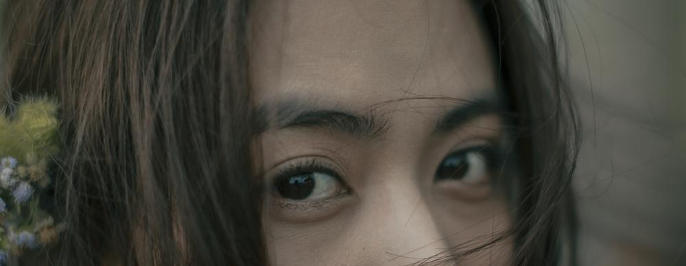 Diễn xuất bị chê tơi tả nhưng Hoàng Thùy Linh vẫn liều mạng đóng phim mới-4