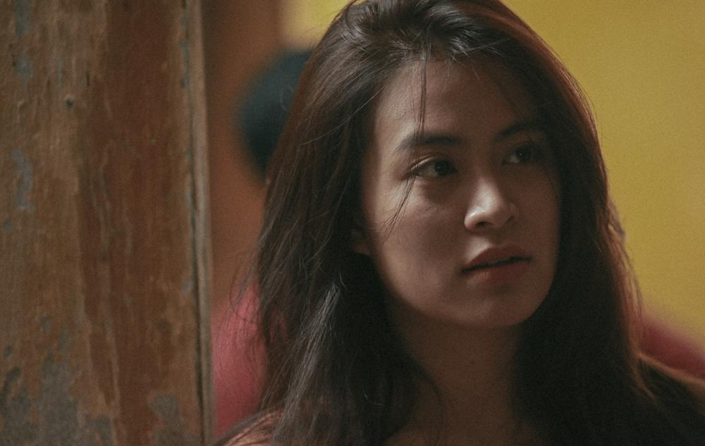 Diễn xuất bị chê tơi tả nhưng Hoàng Thùy Linh vẫn liều mạng đóng phim mới-8