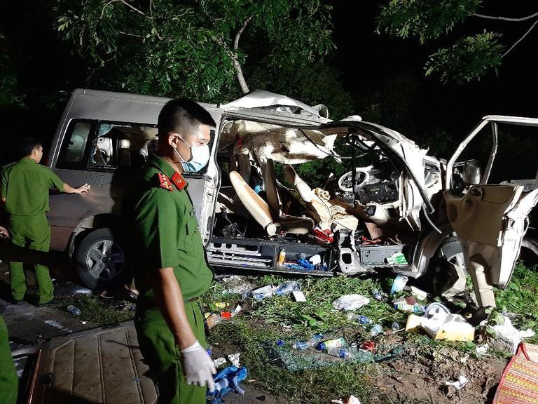 Vụ tai nạn thảm khốc 8 người tử vong: Tôi đã đánh hết lái nhưng không tránh được-1