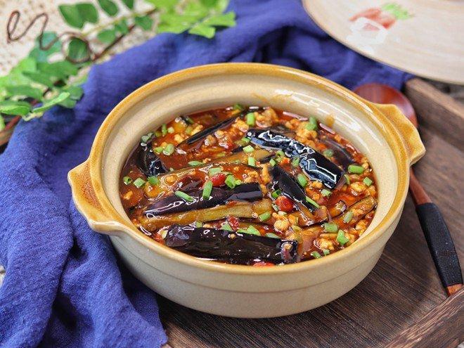 Ăn gì cũng thấy nhạt miệng, làm cà tím chưng thịt kiểu này cơm nấu bao nhiêu cũng không đủ-6