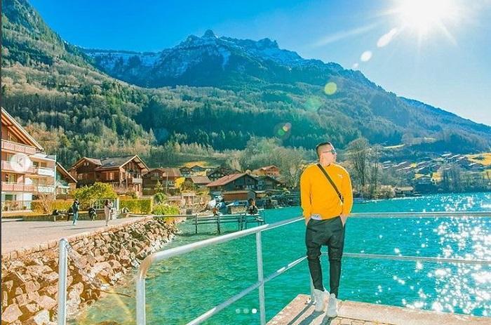 Vũ Khắc Tiệp bị hỏi khó khi khuyên mọi người đi du lịch Thụy Sĩ