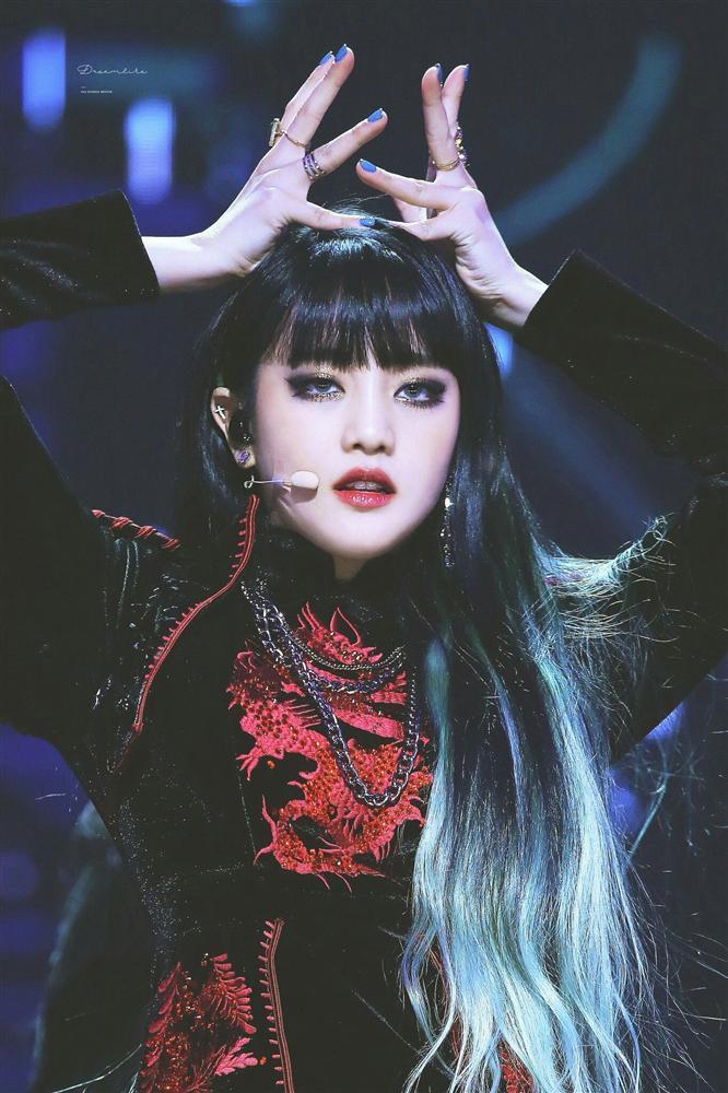 Những idol được kỳ vọng sớm ra solo: BLACKPINK Rosé, EXO D.O. là nỗi khao khát-6