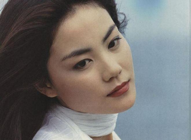 Rũ vẻ lạnh lùng, Vương Phi đáng yêu chưa từng thấy bên con gái Lý Yên-10
