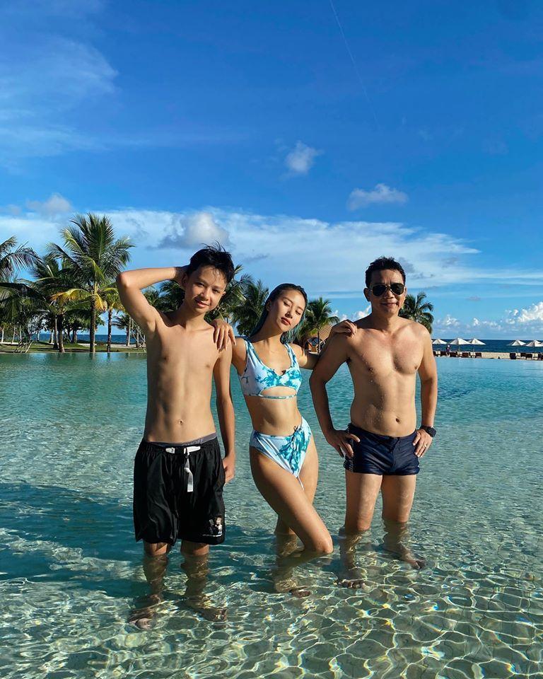 Khoe ảnh du lịch cùng gia đình, ngoại hình bố ruột Quỳnh Anh Shyn chiếm spotlight-3