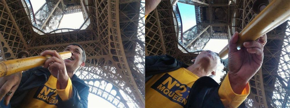 Ông chú tự tin vác điếu cày đến Paris, dưới chân tháp Eiffel bắn thuốc lào sòng sọc-2