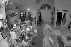 Nguy cơ lộ clip nhạy cảm khi hacker xâm nhập camera trong nhà