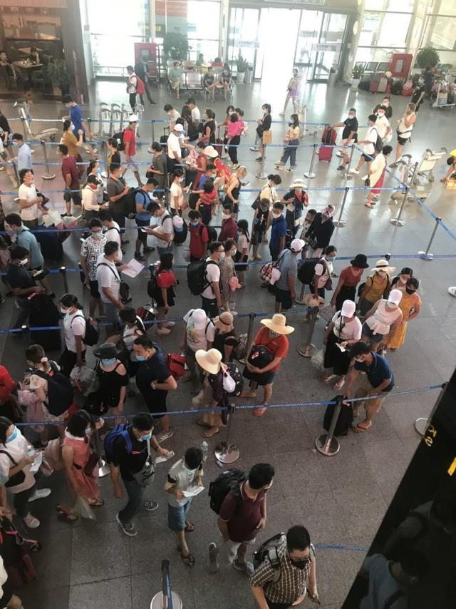 Sân bay Đà Nẵng thất thủ sau khi phát hiện ca nghi mắc COVID-19?-3