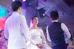 Á hậu Thúy Vân công bố có con trai đầu lòng trong đám cưới