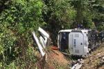 Đối đầu ô tô khiến xe máy gãy đôi, nam sinh tử vong tại chỗ-2
