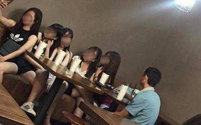 Rủ binh đoàn bạn thân đến ăn chùa buổi đầu hẹn hò, cô gái gặp anh chàng cao tay-1