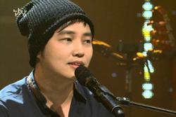 Công bố danh tính ca sĩ Hàn quay lén cảnh khỏa thân phụ nữ