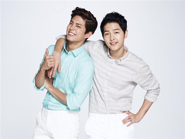 Những tin đồn hẹn hò bí ẩn nhất Kbiz: Son Ye Jin đồng tính, Yoona ngoại tình PSY?-7