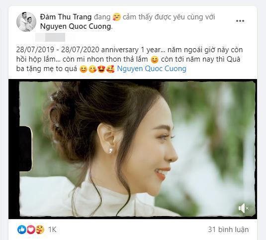 Kỷ niệm 1 năm ngày cưới, Đàm Thu Trang nhận quà to bự từ Cường Đô La-1