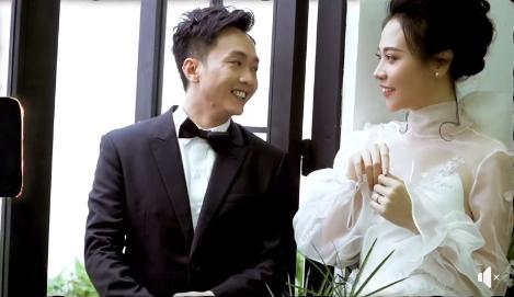 Kỷ niệm 1 năm ngày cưới, Đàm Thu Trang nhận quà to bự từ Cường Đô La-3