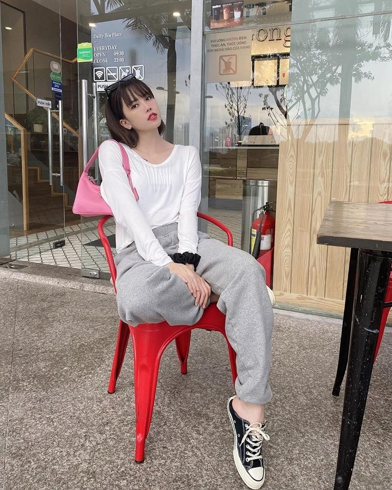 Chi Pu - Thúy Vi khoe eo triệt để với áo croptop nhưng nàng sexy - người năng động-1