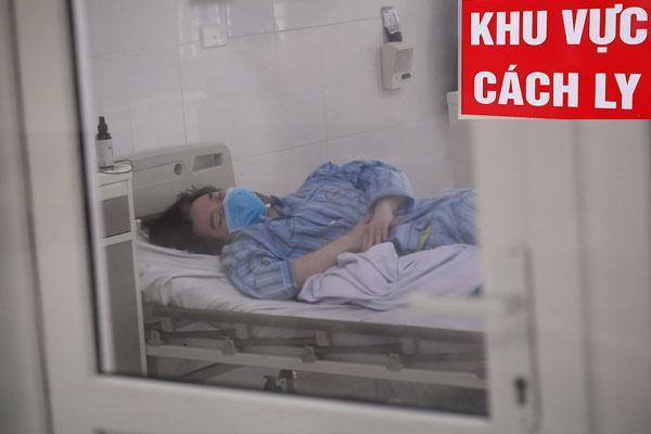 Thêm 2 bệnh nhân mắc Covid-19 ở Đà Nẵng phải thở máy, Bộ Y tế ra thông báo khẩn-1