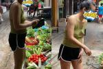 Người phụ nữ thả rông đôi gò bồng đảo, diện áo hở hang đi khắp chợ mua rau