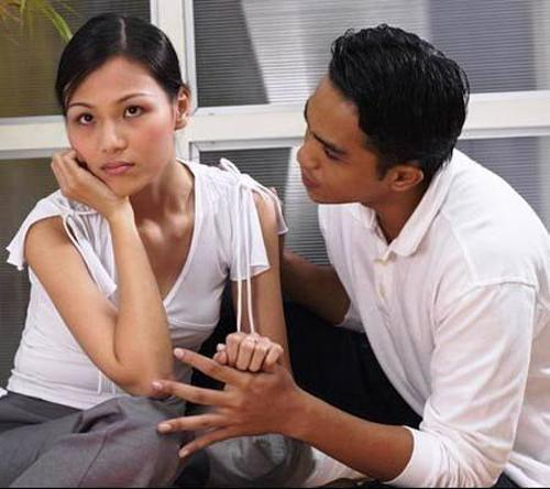 Màn hỏi đáp cười ra nước mắt của cặp vợ chồng được dân mạng tư vấn thi Thách thức danh hài-3