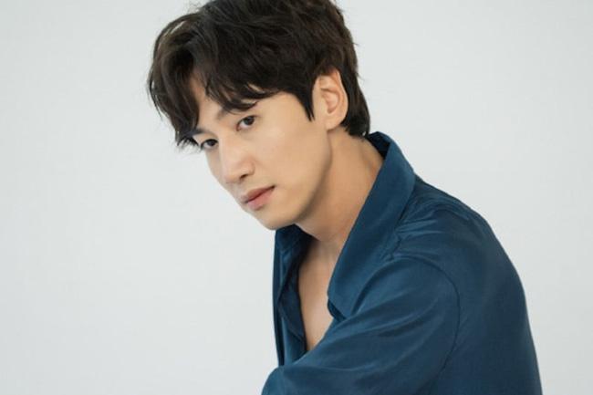Nam idol Trung Quốc nổi tiếng nhờ ngoại hình giống hệt Lee Kwang Soo-3