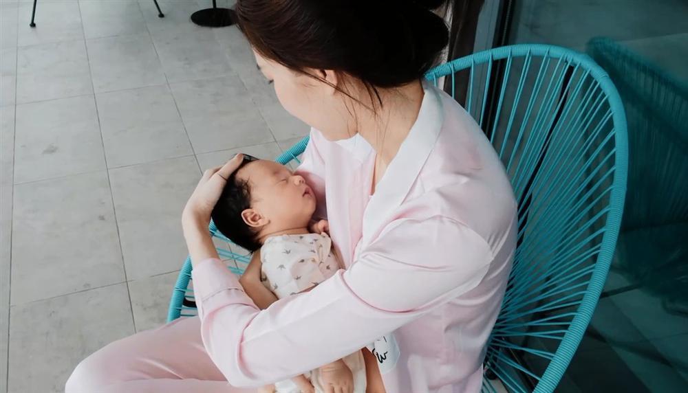 Lộ diện quý tử của Hoa hậu Việt Nam Đặng Thu Thảo