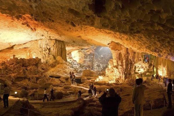 6 hang động ấn tượng nhất ở Đông Nam Á-3