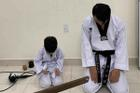 Đi dạy về muộn, võ sư đai đen bị vợ bắt quỳ gối trước ảnh cưới: Khổ lắm ai ơi!