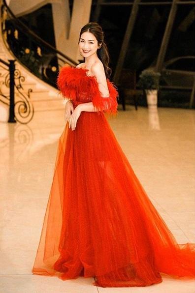 SAO MẶC ĐẸP: Thúy Vân hóa công chúa - Hòa Minzy rực rỡ đúng chất chị đại Hoa dâm bụt-10