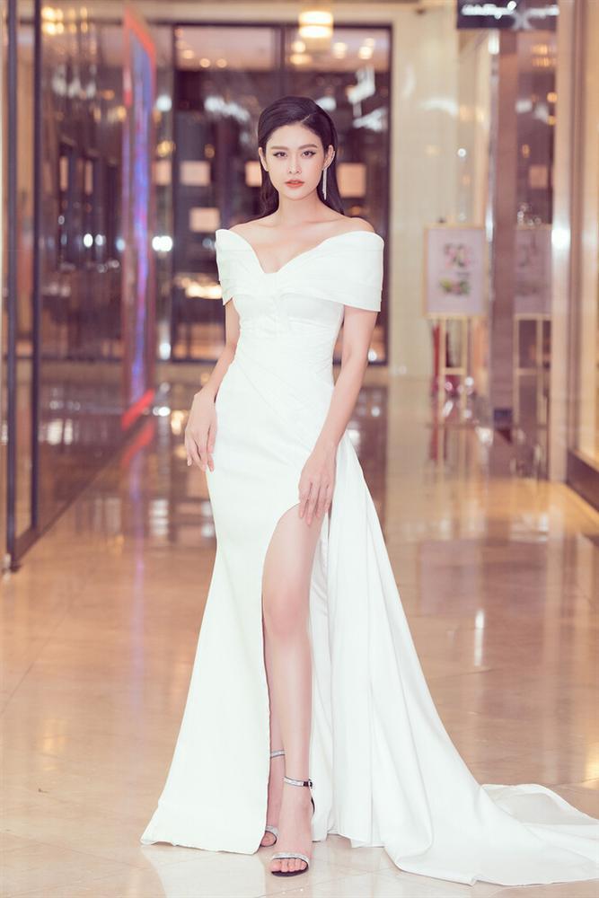 SAO MẶC ĐẸP: Thúy Vân hóa công chúa - Hòa Minzy rực rỡ đúng chất chị đại Hoa dâm bụt-9