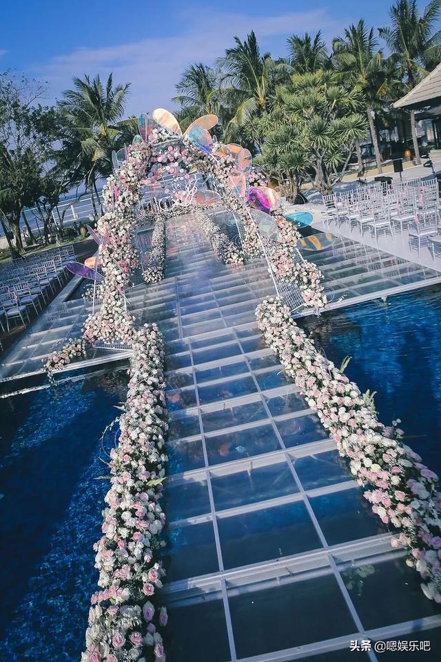 6 đám cưới ngập trong biển hoa bạc tỷ của showbiz Hoa ngữ-25
